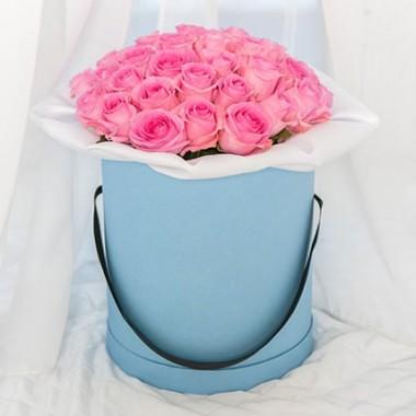 31 рожева троянда в коробці
