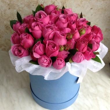 39 насичено рожевих імпортних троянд в коробці