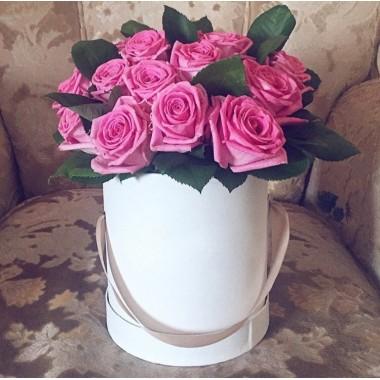 15 рожевих троянд в коробці